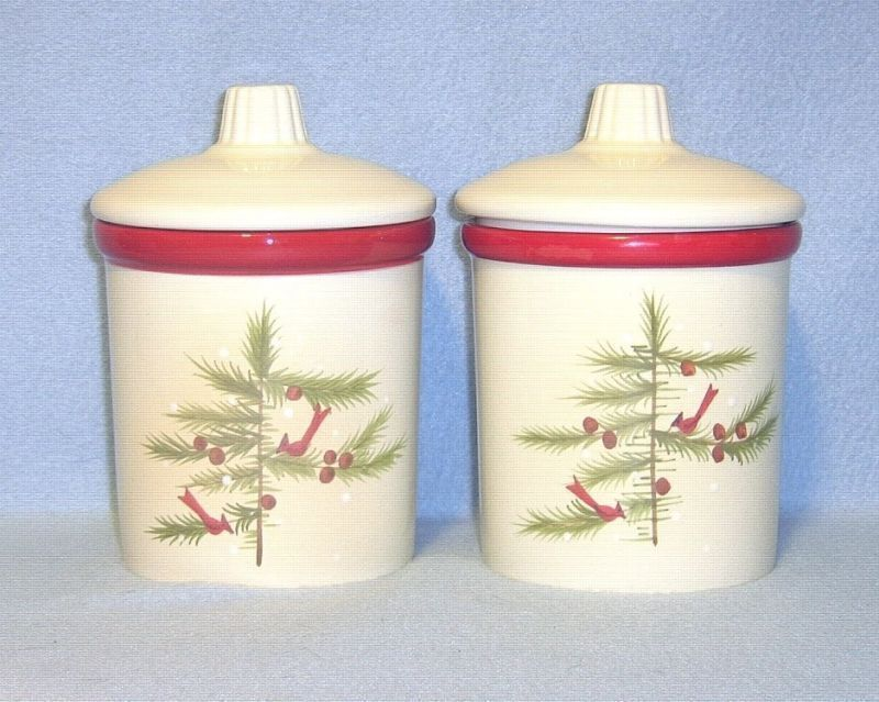 Primary image for Hallmark Cardinals and Pine Tree 2 Covered Candle Jars