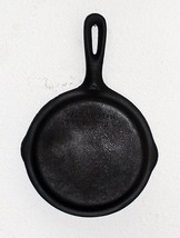 Cast Iron small skillet number 3 USA MADE AMERICAN cook ware - $13.99