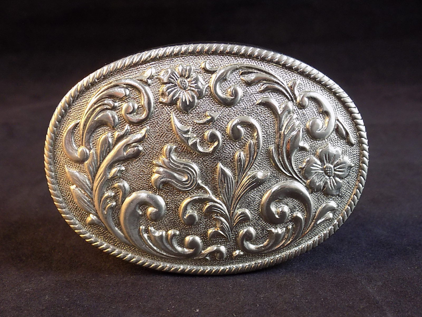 US Stock New Vintage Western Rope Horse Cowboy Oval Belt Buckle