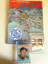 1962 Los Angeles Dodgers Yearbook / First Year For Dodger Stadium/W CARDS - $87.12