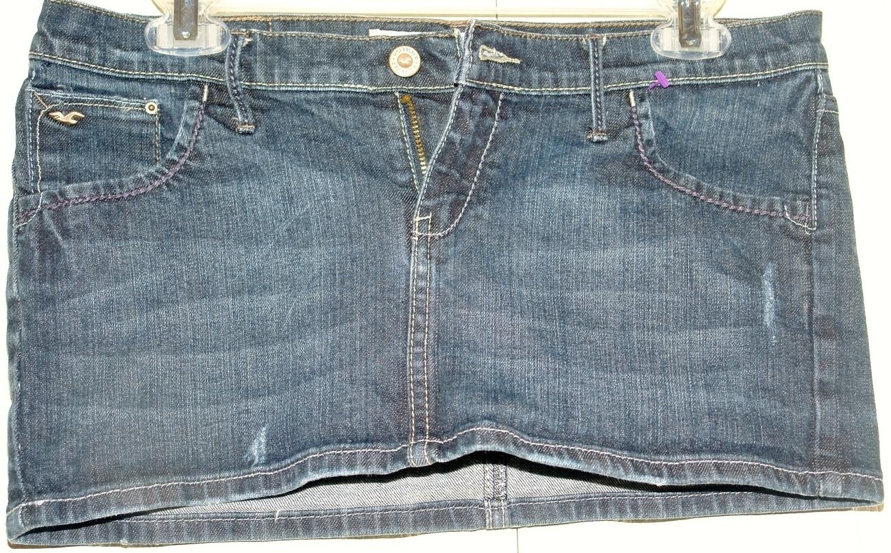 Hollister Mini  Distress Denim skirt Size 9 Hollister