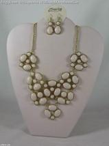 Gold Tone Bubble Design Fashion Jewelry Set - $27.95