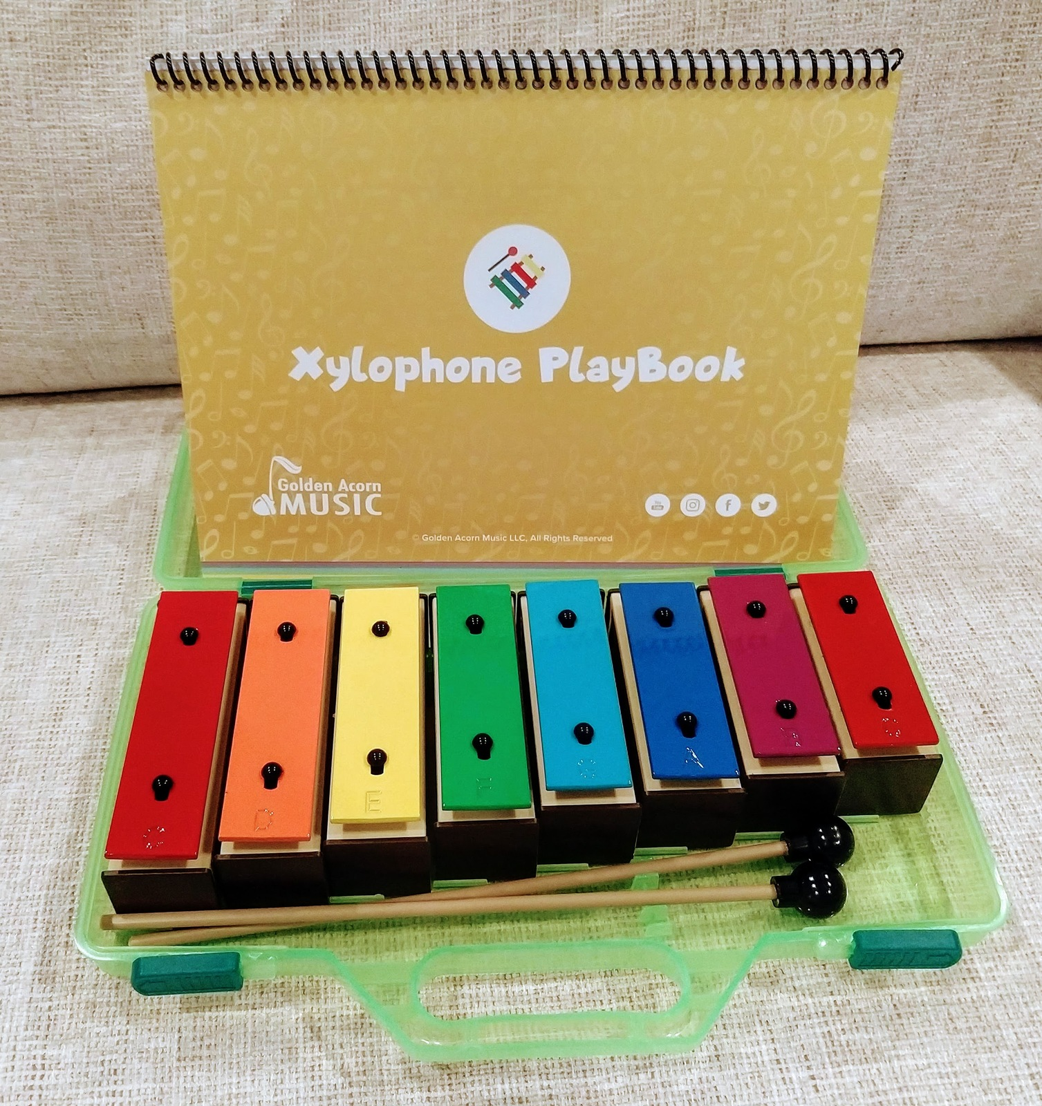 Music PlayBook for plastic resonator bells (xylophone) (ages 2+) (book only)