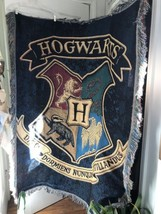 Hogwarts Throw-Harry Potter Crest Woven Throw Paper Tags On Back - $35.00