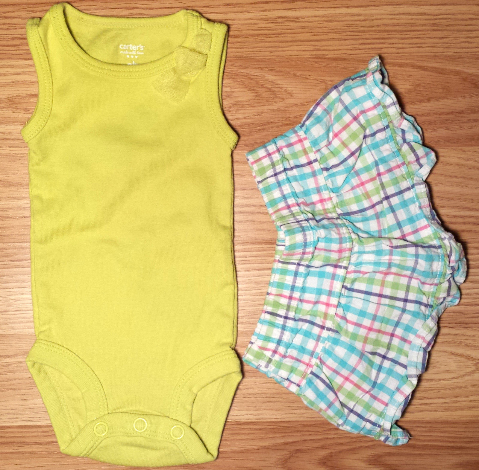 Girl's Size NB Newborn Two Piece Green Carter's Tank Top W/ Bow & Plaid Skirt
