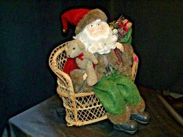 Christmas Santa Sitting on a Wicker Bench AA-191920 Collectible image 4