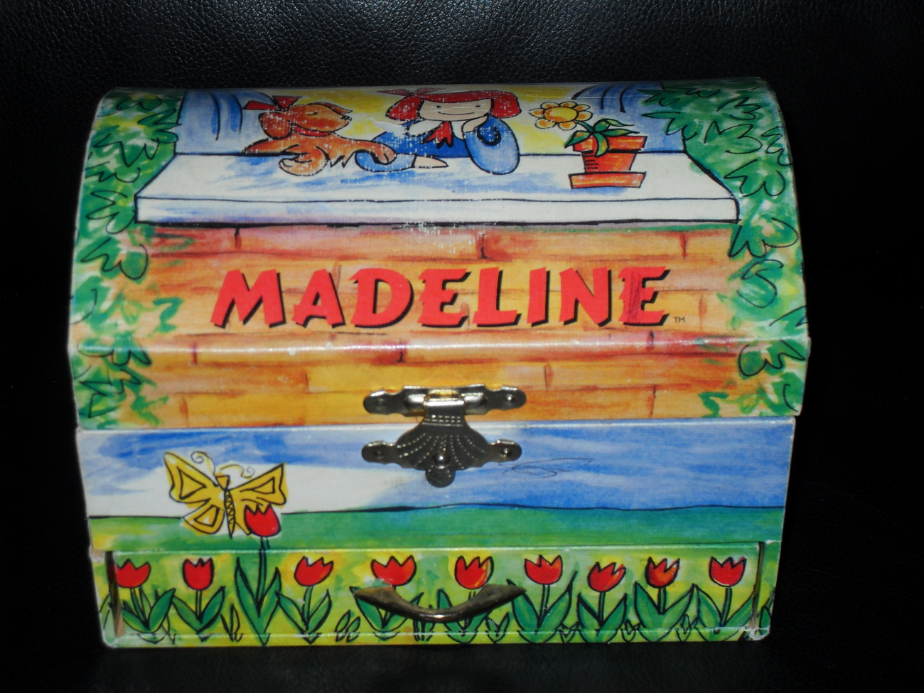 1999 Madeline Musical Jewelry Box