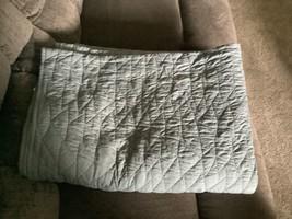 Pillowfort Twin Quilt Skyline Gray - $13.92