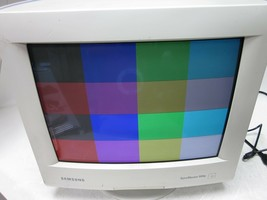 "Samsung SyncMaster 900P CSE9839 19"" Retro Gaming RGB CRT Monitor - $283.05"