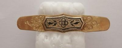 ANTIQUE VICTORIAN GOLD FILLED BLACK ENAMEL ENGRAVED BAR PIN BROOCH
