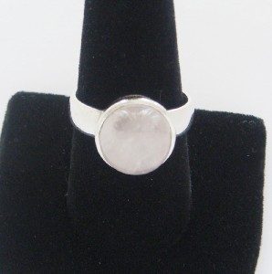 NICE SOLID STERLING SILVER LIGHT PINK QUARTZ RING SIZE 9 BEAUTIFUL FANCY NEW