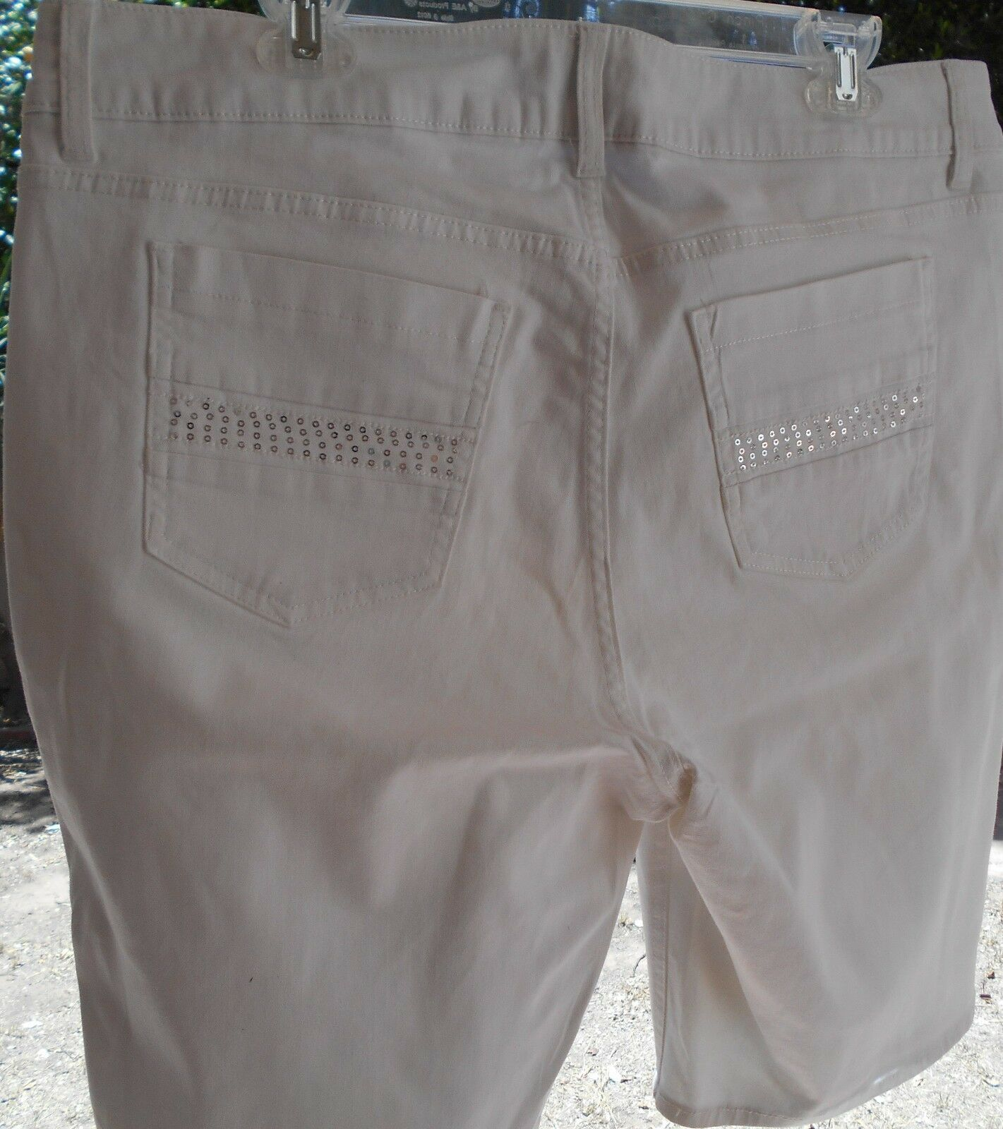 """Riders by Lee Women's Stretch Jean Bermuda SHORTS 14 WAIST 37"""" WHITE SEQUIN   image 7"""