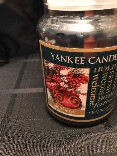 Yankee Candle RARE -Pine Berry- 22 Oz. Jar Candle New !