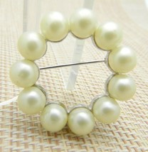 MARVELLA Silver Tone Faux Pearl Round Wreath Brooch Pin Vintage - $29.69