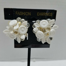 White Plastic Cluster Beads Vintage Clip On Earrings - $12.86