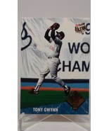TONY GWYNN INSERT GOLD GLOVE 1992 FLEER ULTRA PADRES 12 OF 25 BASEBALL CARD - $4.70