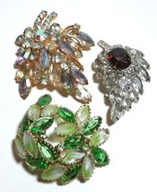 VINTAGE RHINESTONE BROOCHES JULIANA, OPENBACK, CLEAR, GREEN, RED LOT - $125.00