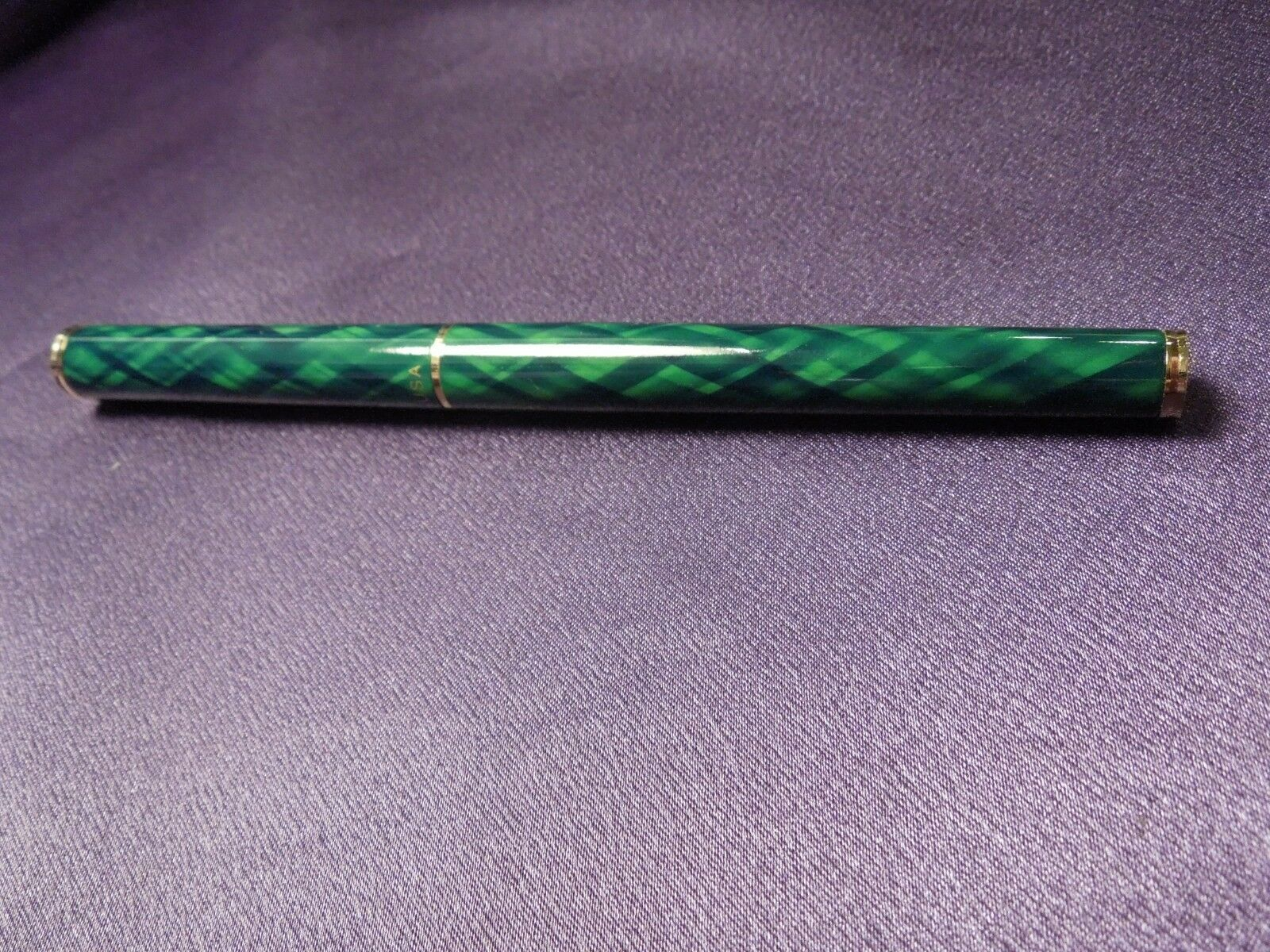 Green & Gold Sheaffer Ballpoint Pen in Original Red and Gold Box