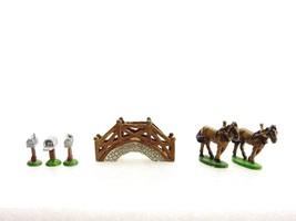Liberty Falls Village, 1998 Miniature Accessory Set, AH251 - $7.79