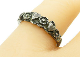 925 Silver - Vintage Dark Tone Flower Heart Pattern Band Ring Sz 8 - R12886 - $22.48