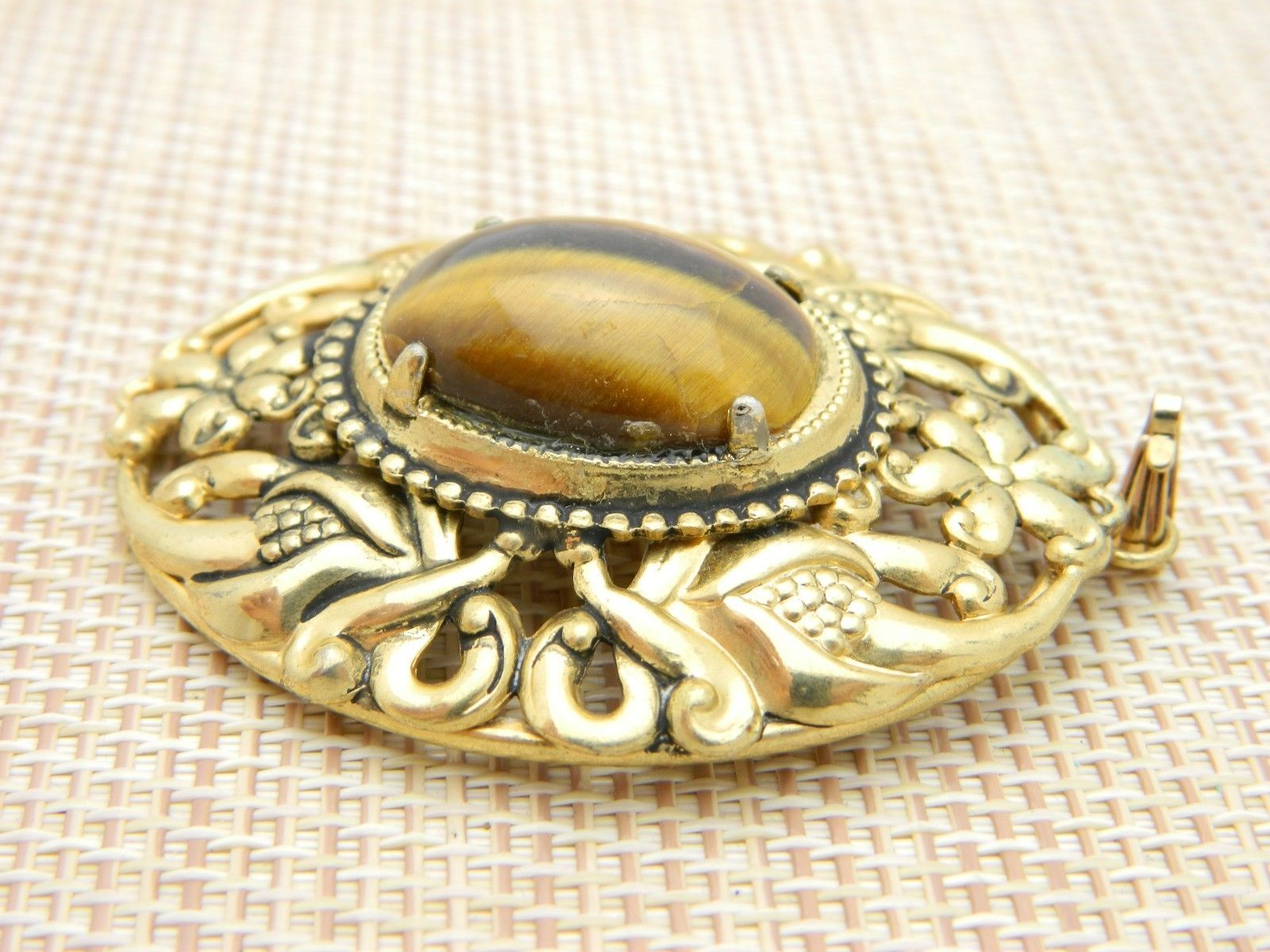 Tiger's Eye Gold Tone Repousse Necklace Pendant Vintage image 3