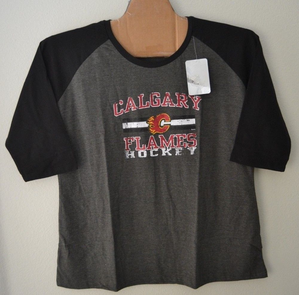 NHL Womens Calgary Flames 3/4 Raglan Sleeve Distress Logo T-Shirt Sz 2X Gray