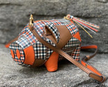 Tory Burch Peggy The Pig Mini Plaid Bag - $6.172,14 MXN