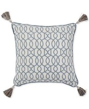 Croscill Beckett Fashion Square Throw Pillow in Teal/Ivory - $672,87 MXN