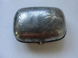 Vintage Metallo Borsetta, Incernierato con Fiori Incisione, Tasca su Mis... - $42.89