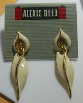 Vintage Alexis Reed Gold-tone and Cream Enamel Dangle Clip Earrings - $9.41