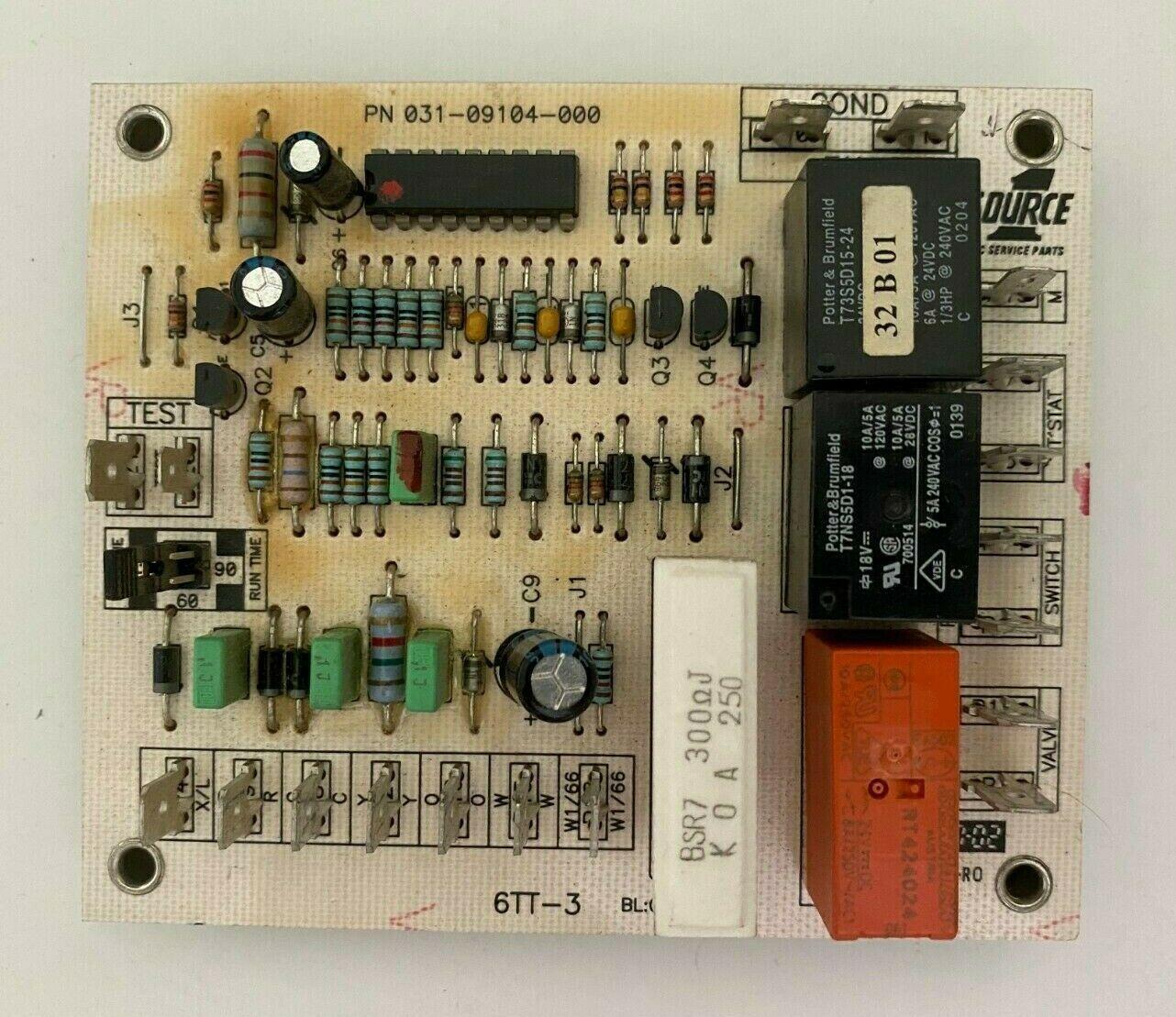 York Luxaire Coleman 031-09104-000 Heat Pump Defrost Circuit Board Used  D9