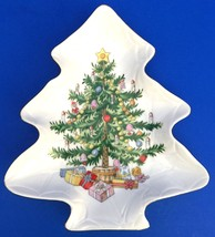 Lefton China Christmas Tree Nut Candy Relish Dish Hand Painted 1200 Gold Trim  - $10.88