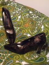 J.Renee Women's Leather Black & Gold Roses Floral Pumps Reptile Skin 7M Mrsp $73 - $26.72