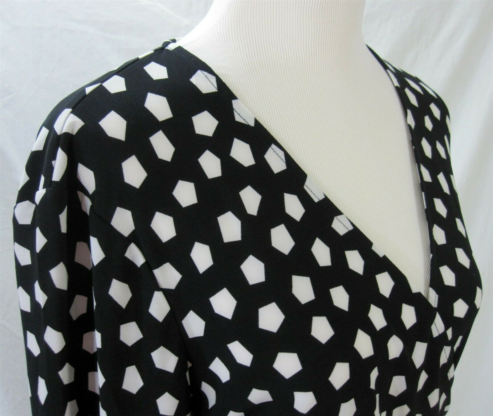 Anne Klein Dress Size XL Wrap Dress Black White Silky Jersey Knit