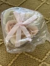Avon Flower Rose Petal Bath Roses Jasmine Scented 0.56 Oz - $7.19