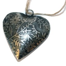 """Handmade Etched Tin 2""""Heart-Set of 4-Holiday! - $412,82 MXN"""