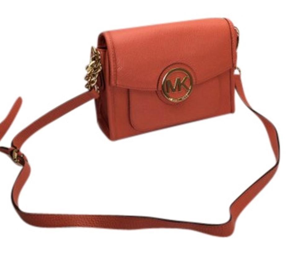 e3c934ec781f S l1600. S l1600. Previous. Michael Kors Margo Small Leather Crossbody /  Shoulder Bag NWT. Michael Kors Margo ...
