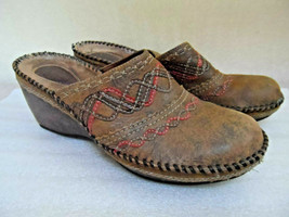 Clarks Artisan Clogs Mules Western Style Slip-on Distressed Leather Slides 8M - $17.60