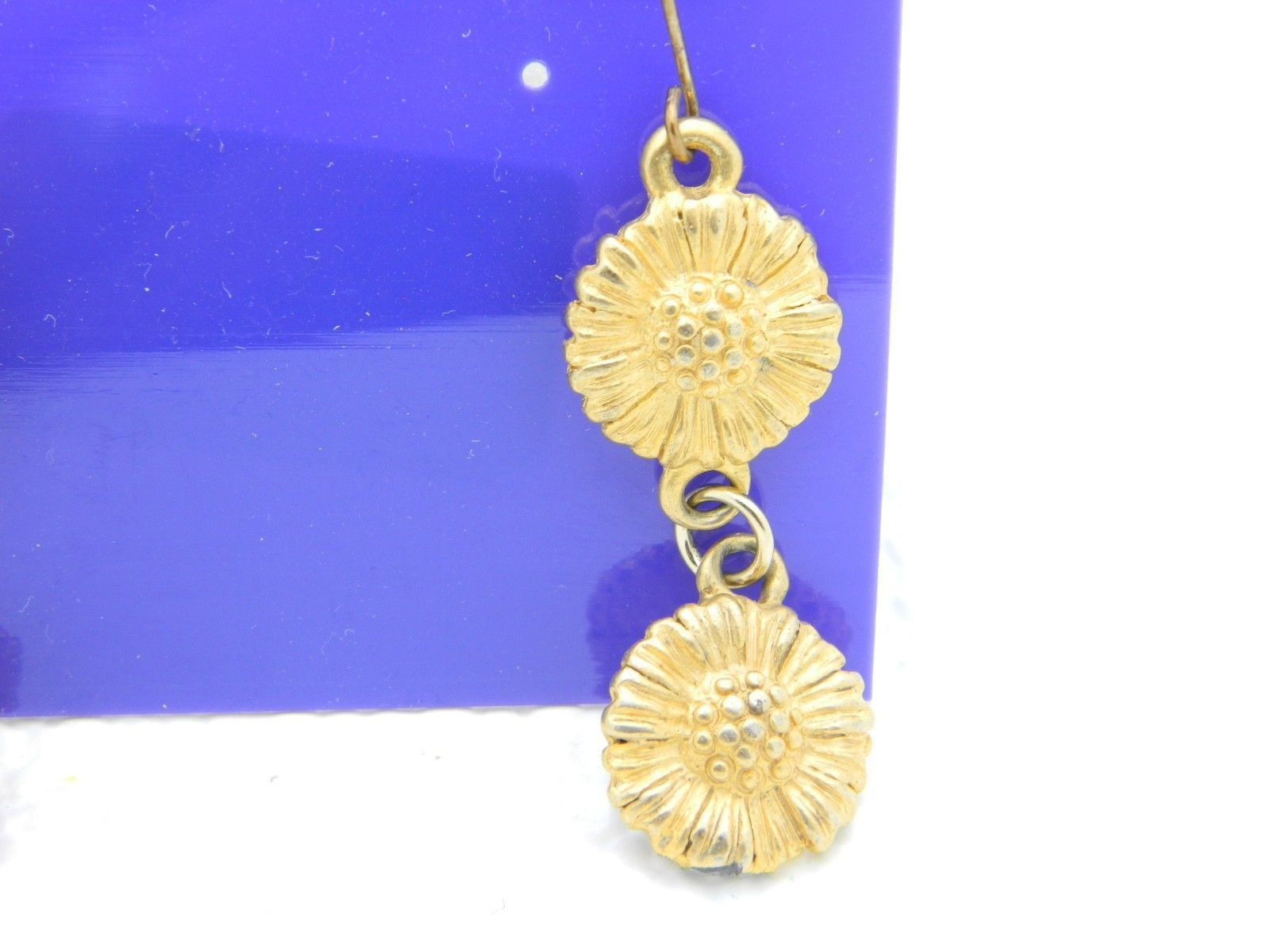 VTG REGENCY FASHIONS Gold Tone Sunflower Dangle Earrings