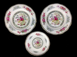 Royal Albert Tree Of Kashmir China Two Salad Plates & Saucer Made In England - $28.01
