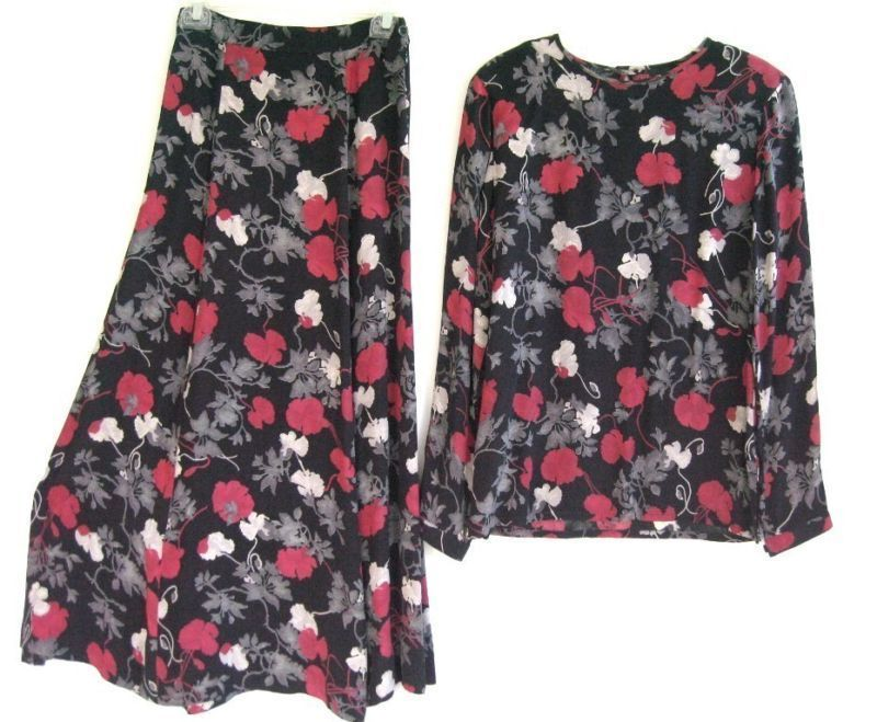 Primary image for BLACK RED FLOWER LONG SLEEVE TOP/SKIRT OUTFIT SET  sz 4