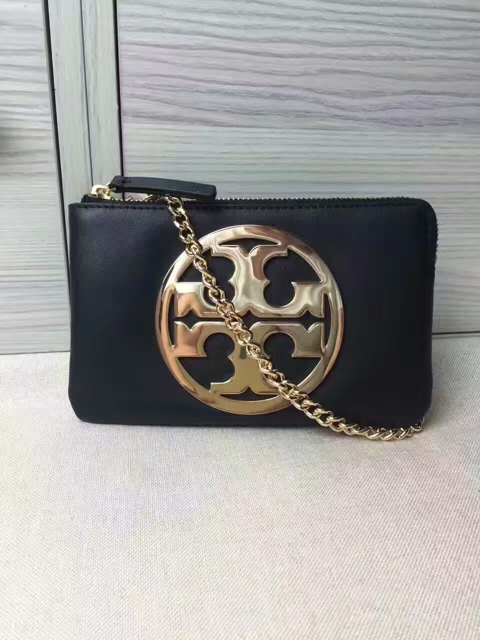 2d880962c258 Tory Burch Charlie Mini Chain Bag and 50 similar items.  Mmexport1502024663912. Mmexport1502024663912
