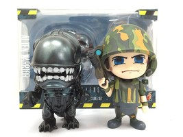 Hot Toys Cosbaby Alien Worrior USCM 2 Pack Collectible Figure - $47.96