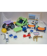 16 Piece Playmobil Geobra Part Pieces Cars Beds Kitchen Chairs 1989-1999... - $34.16