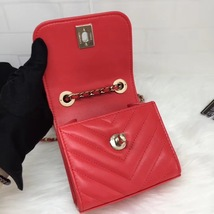 AUTHENTIC CHANEL 2019 RED CHEVRON LAMBSKIN TRENDY CC SQUARE SMALL FLAP BAG GHW image 8