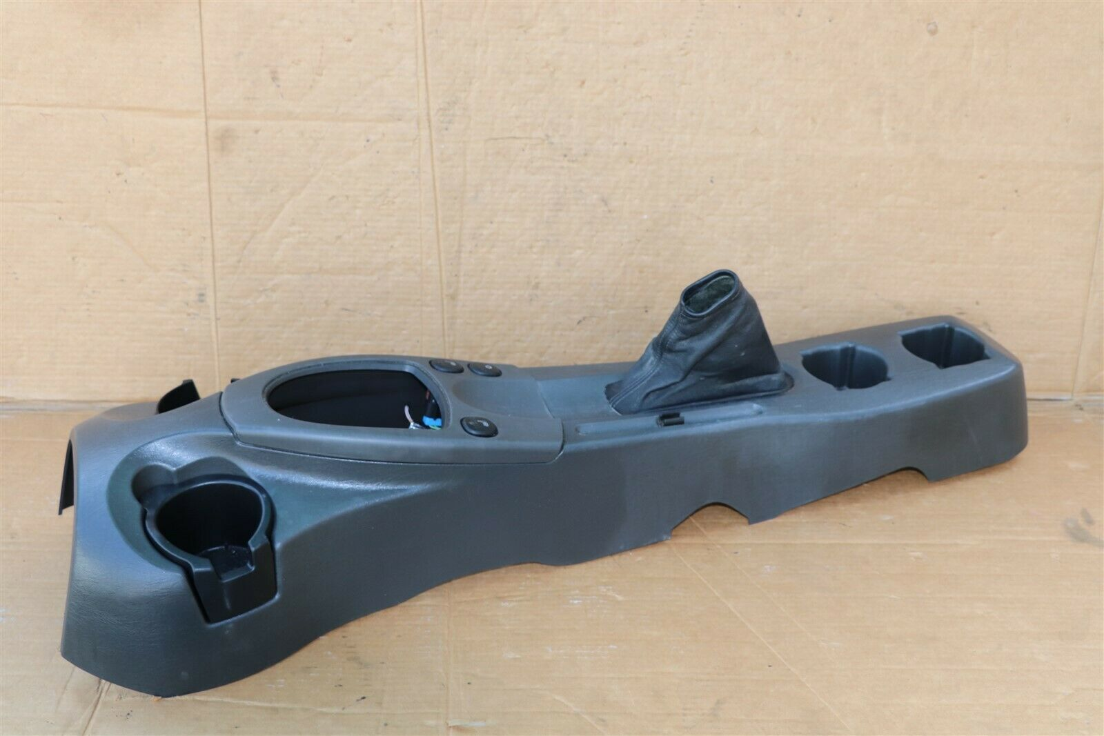 03 Ford Focus Svt St170 Center Console Shifter Surround & Cup Holders