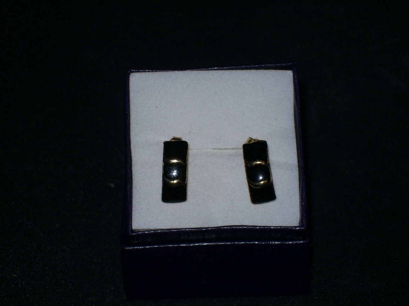 Faux Black Onyx Gold Accent earrings