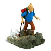 Tintin & Snowy Hiker Destination Moon resin statue Moulinsart