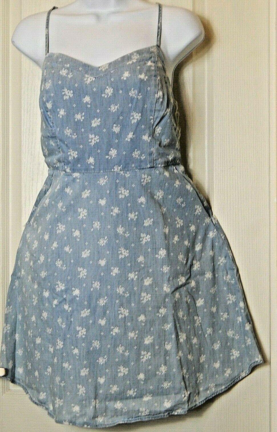 SO Women's Smocked Woven Open Back Dress Size Large Summer / Beach Dress - $18.14