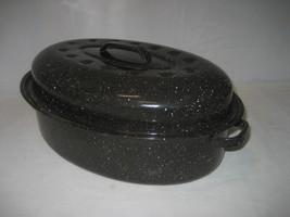 Vintage Small Black Enamel Roaster Pan with Lid... - $12.82